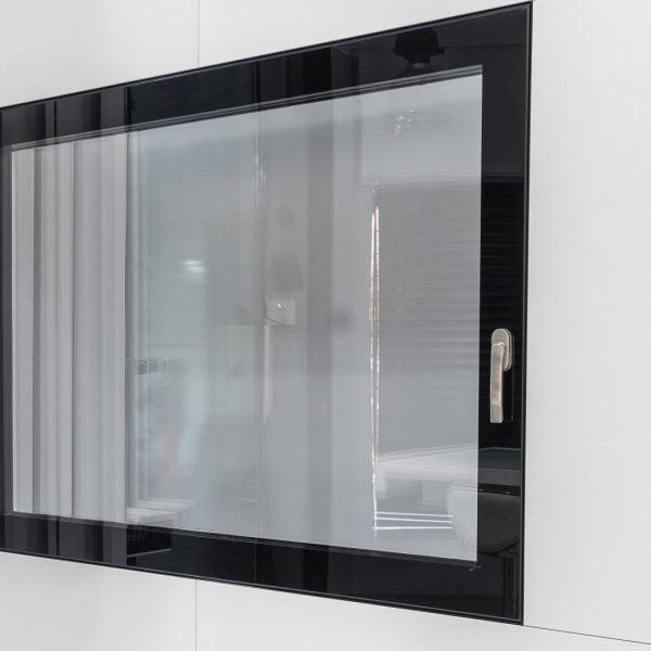 ventana de aluminio sin cristal