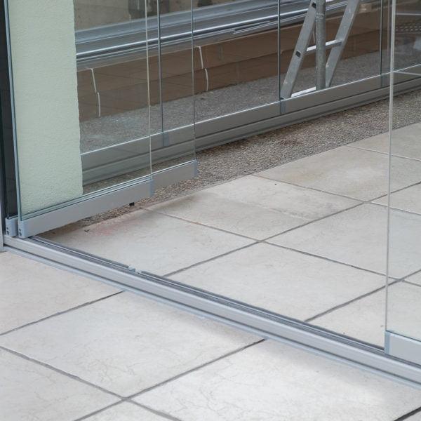 cerramientos de porches con cristales transparentes